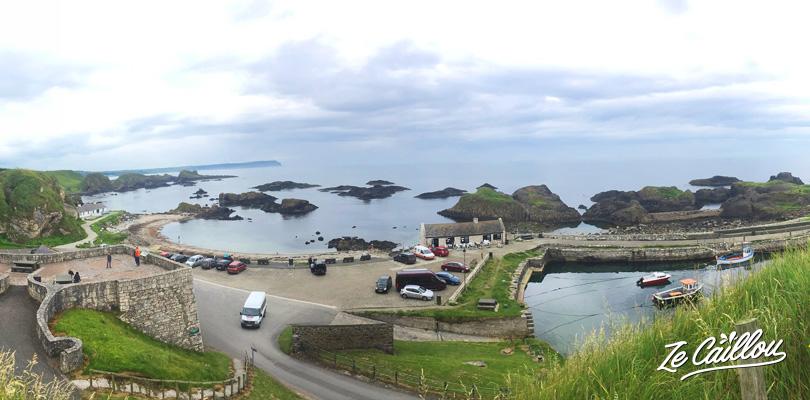 Ballintoy Harbour, lieu de tournage des îles de Fer dans la série Game of Thrones