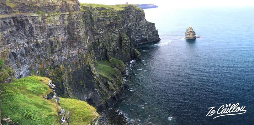 Apprécier la vue des plus hautes falaises d'Irlande au Cliffs of Moher