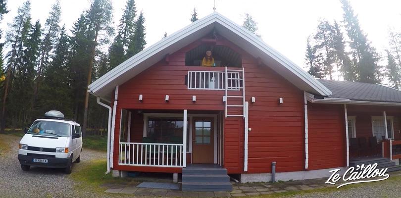 Louer un chalet typique et moderne en Finlande avec sauna et lac privatif