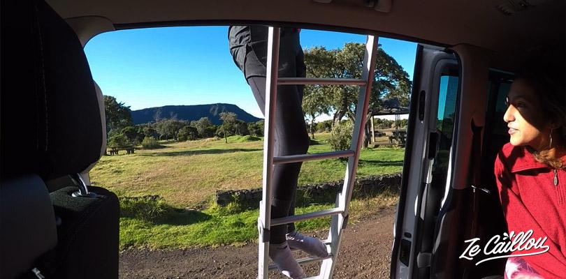 Dormir dans un van ou dans la tente de toit à la Réunion