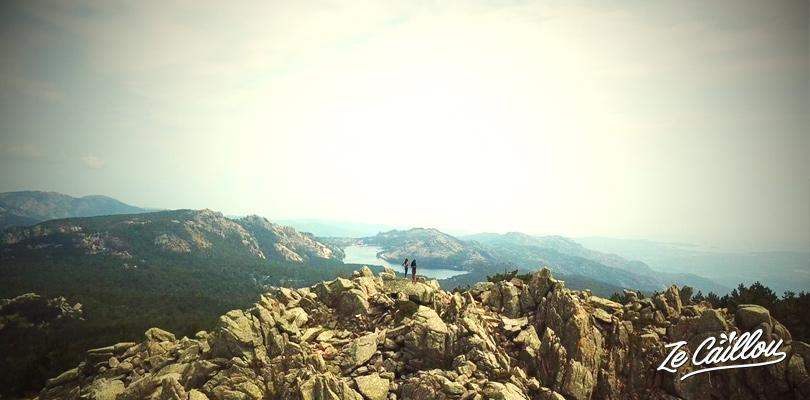 Admire the large Ospedale lake from the top view of the Vacca Morta peak.