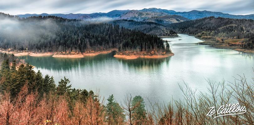 Balade autour du lac de Lovarsko à l'Est de Rijeka, road trip en Croatie en van.