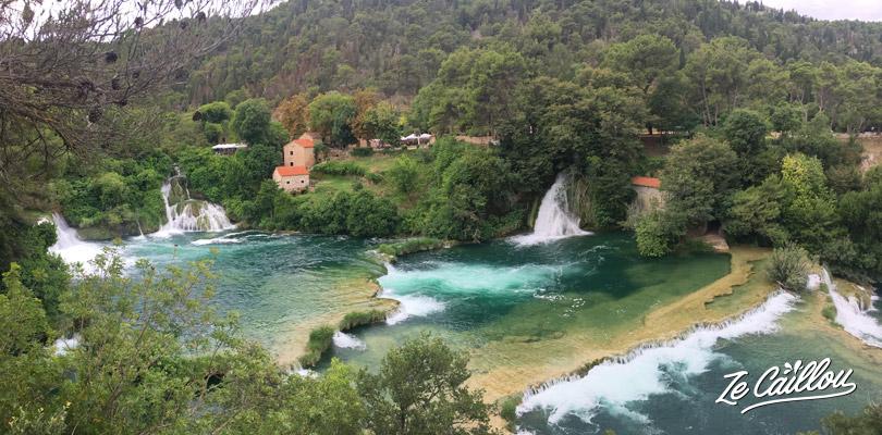 Visiter les parc naturel de KRKA, ses lacs et ses magnifiques cascades en Croatie.