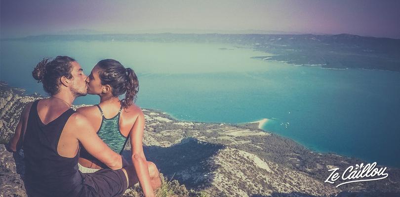 Vidova Gora, le plus haut sommet de Brac, une île Croate à visiter en van aménagé.