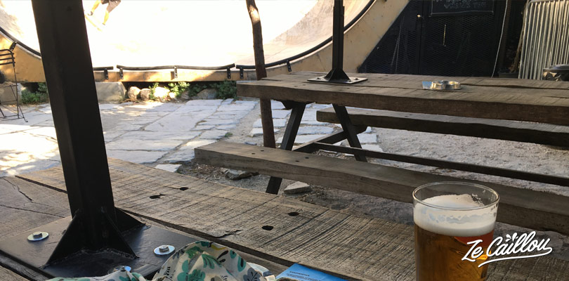 Nice bar with a skate ramp in the Technopolis district of Athens.