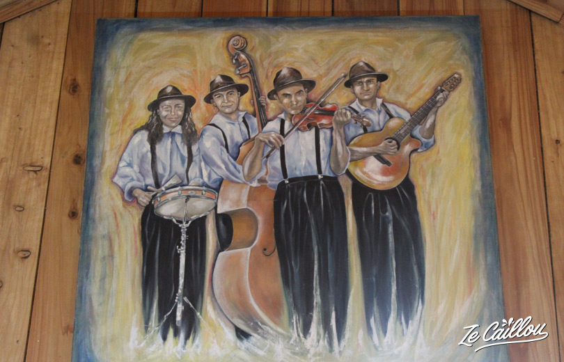 Picture of the happy Pat'Jaune band, a local musical group of La Réunion.