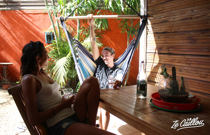 Relax or just enjoy with friends as you can sit in this Tropilex hammock!
