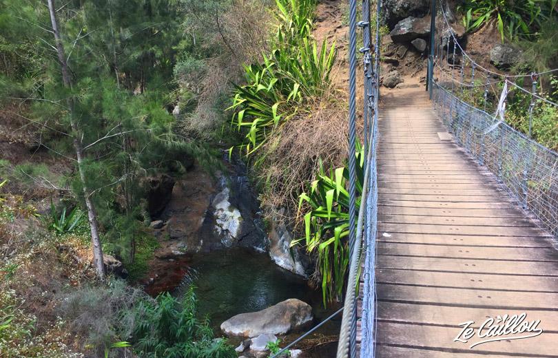 Thr 1 person bridge in Mafate, between Ilet à malheur and ilet à bourse.
