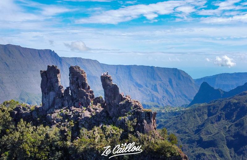 L'alpinisme sur les 3 salazes, une des activités sportives à la Réunion incontournable.