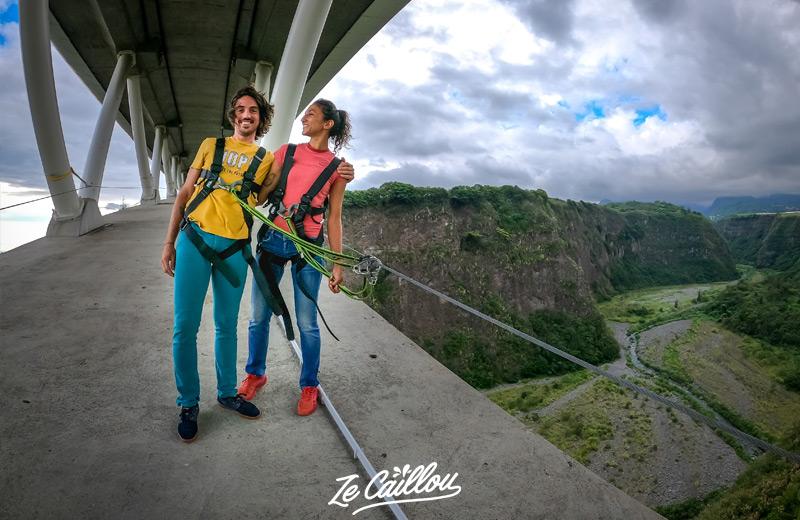 Lancez-vous dans le saut à l'élastique, une activités sportives de la Réunion un poil extrême !