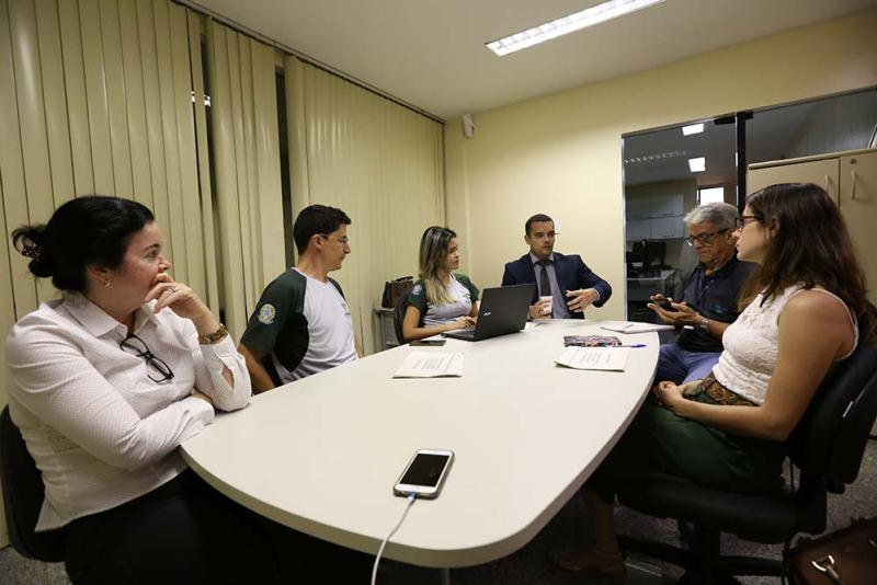 Reunião-no-MP-sobre-risco-de-afetação-à-Flona-Tapirapé-Aquiri