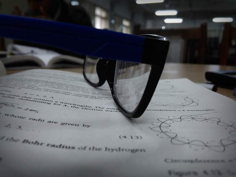Penjelasan Seputar Soal Fisika Modern Bidang Profesional