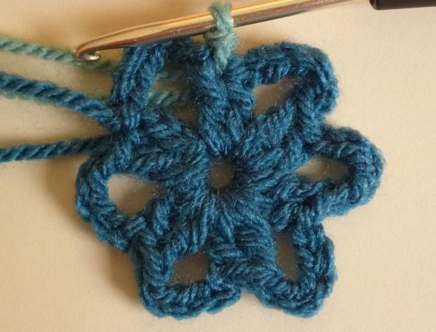 joining round 2 crochet flower