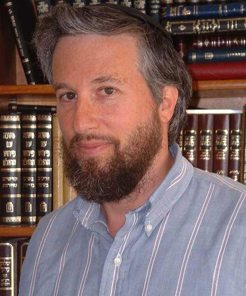 תלמודיסט, מתמטיקאי, איש מחשבים, בלש של מילים. פרופסור משה קופל