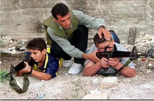 כך נראה המזרח התיכון החדש של פרס  - מאמנים ילדים לתהליך השלום