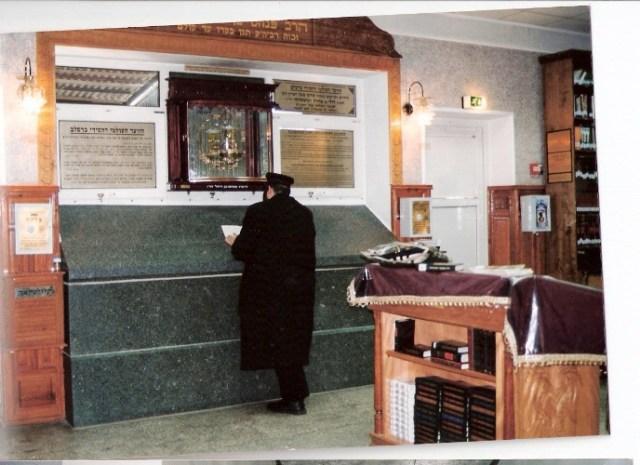 קבר ר' נחמן באומן (צילום: יואל רפל)