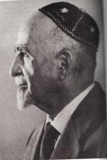 הרב אהרון שויקה, מקור ההשראה של המשפחה