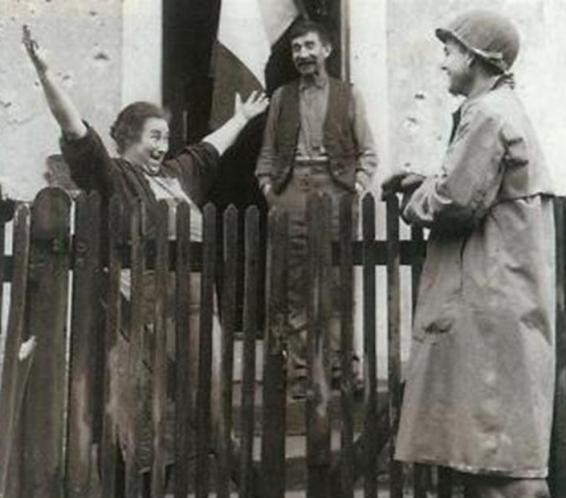 חייל רוסי שב הביתה 1944