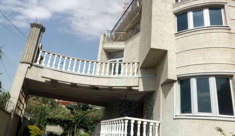 Former Cuba Embassy Gurd Shola 900sqm 40m birr for sale 6k usd for rent   20180325_093244