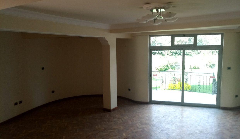 Former Cuba Embassy Gurd Shola 900sqm 40m birr for sale 6k usd for rent   20180325_093401