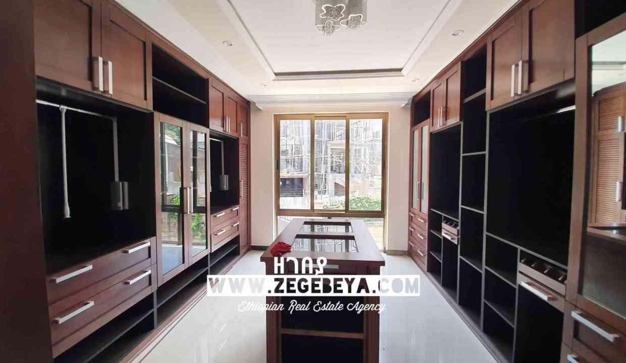 5_Top View for sale 650sqm 7bedr 55m 20200501_122217_watermark_Tue_26052020_031041