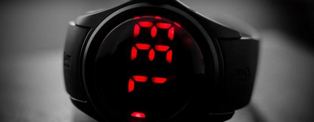 Corum Bubble Disconnected LED-Uhr
