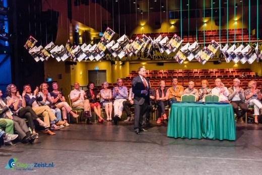 Figi presenteert uit in Zeist gids 2016-2017 op het podium van de Marsman zaal