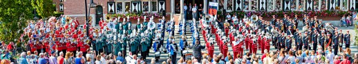 Finale van de Muziekparade Zeist 2016 met Showband Excelsior Renkum, Showkorpsen Irene Ede, Muziek- en Showband Juliana Amersfoort, Showharmonie OBK Rhenen, Showband Takostu Stiens