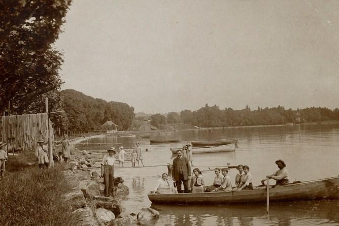 Fischernetze am Bodensee, um 1916