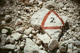 Das Dreieck markiert den weg