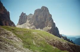 4 Gipfelberg, v li. Cima Pradidali, Cima di Ball, Cima di Roda, Campanile di Roda