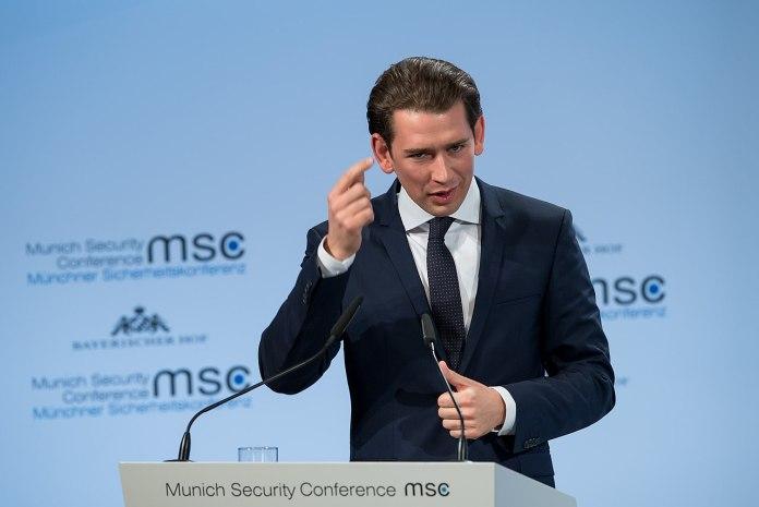 ÖVP inszeniert Parteitagsshow
