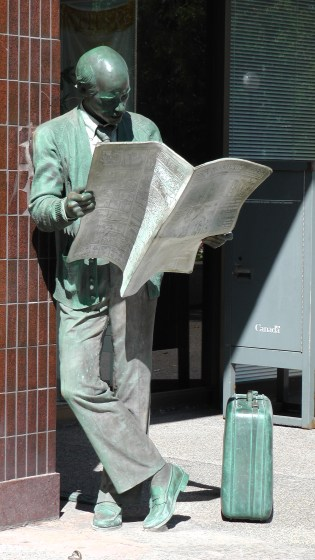 Catching Up by J. Seward Johnson