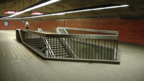 The exit from the platform at the Métro Charlevoix