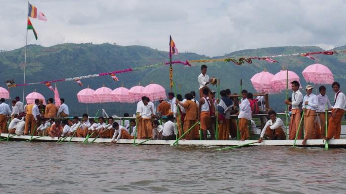 祭のボート