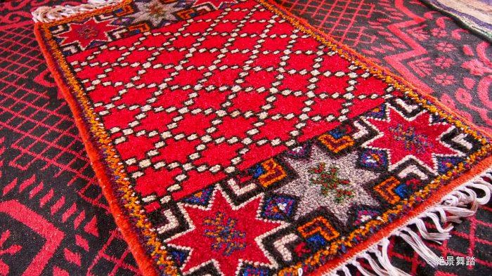 Auberge restaurant Tombouctou おばちゃんが作ったカーペット