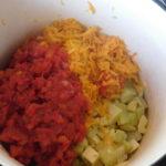 Тушені овочі складаємо в одній посудині