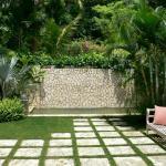 Чим вимостити подвір'я – 10 оптимальних варіантів