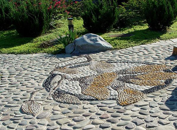 натуральний камінь для подвір'я