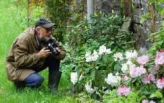 фотограф і садівник Віктор Ганущин