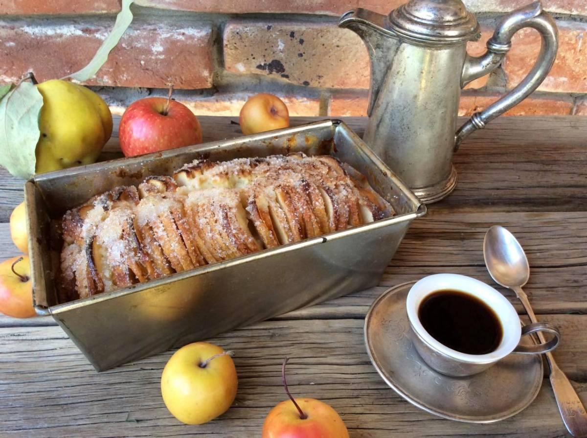 Яблучний пиріг «Бабине літо»