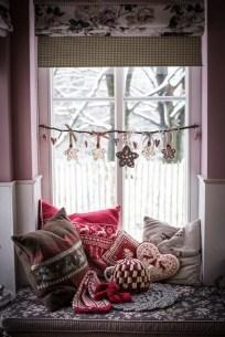 Новорічні подушки