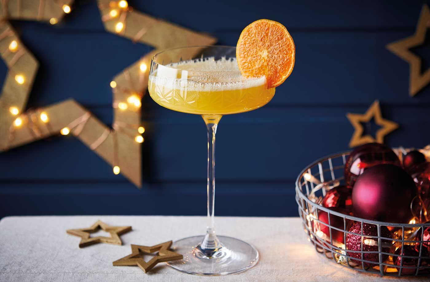 11 святкових алкогольних та безалкогольних напоїв своїми руками