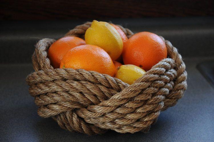Корзинка для фруктів з мотузки