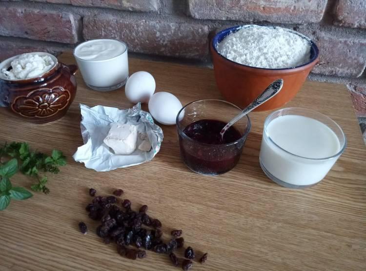 Інгредієнти для ватрушек з сиром