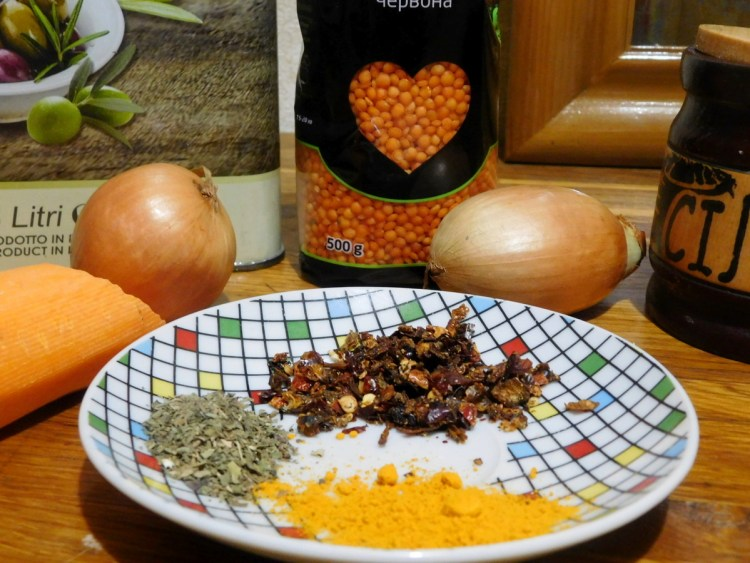 Інгредієнти для приготування сочевиці нашвидкуруч