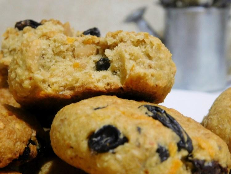 Вівсяне домашнє печиво можна їсти одразу, вийнявши з духовки