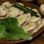 Куряче філе в духовці з грибами і помідорами