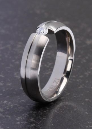 Nerissa titanium ring