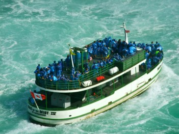 Maid of the Mist_6414144403_l